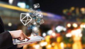 نحوه اضافه کردن ایمیل به پست های وردپرس